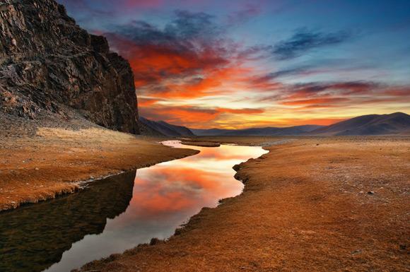 desert-stream
