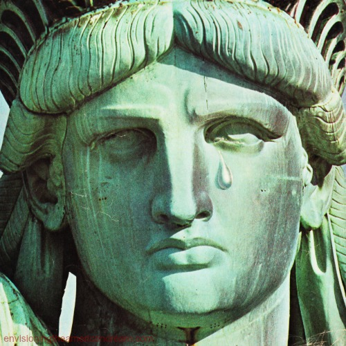 statue-of-liberty-tear-swscan04051